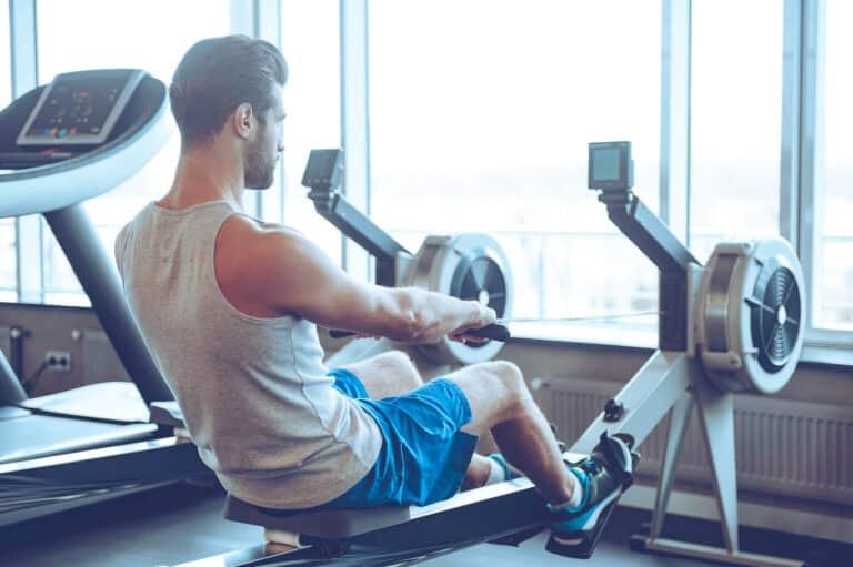הנזקים שבישיבה ממושכת ללא פעילות גופנית